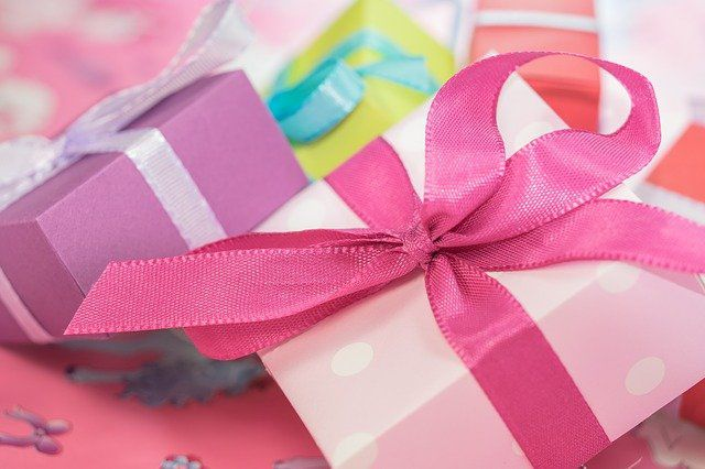 marriage gifts for couple